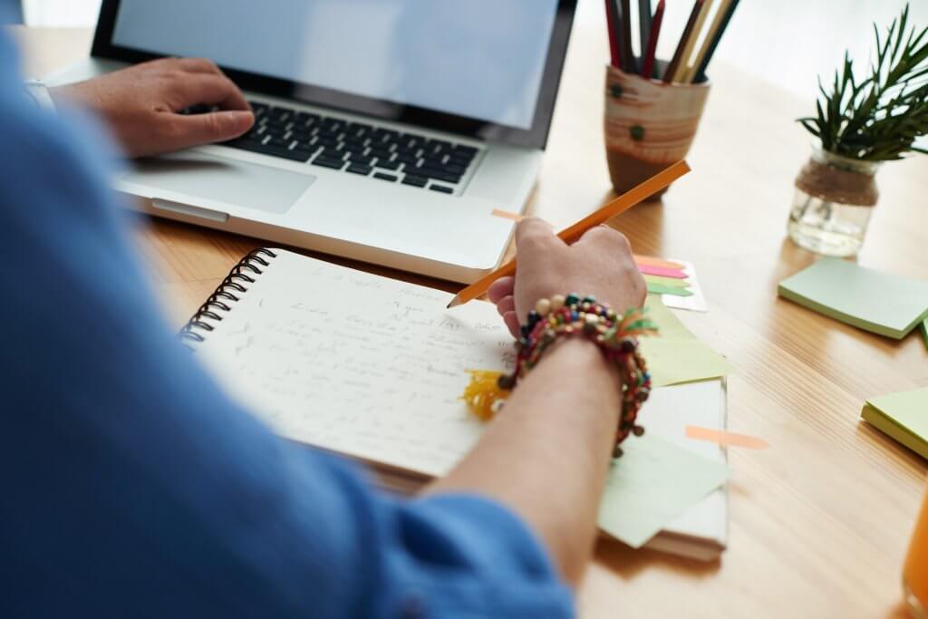 order custom essay